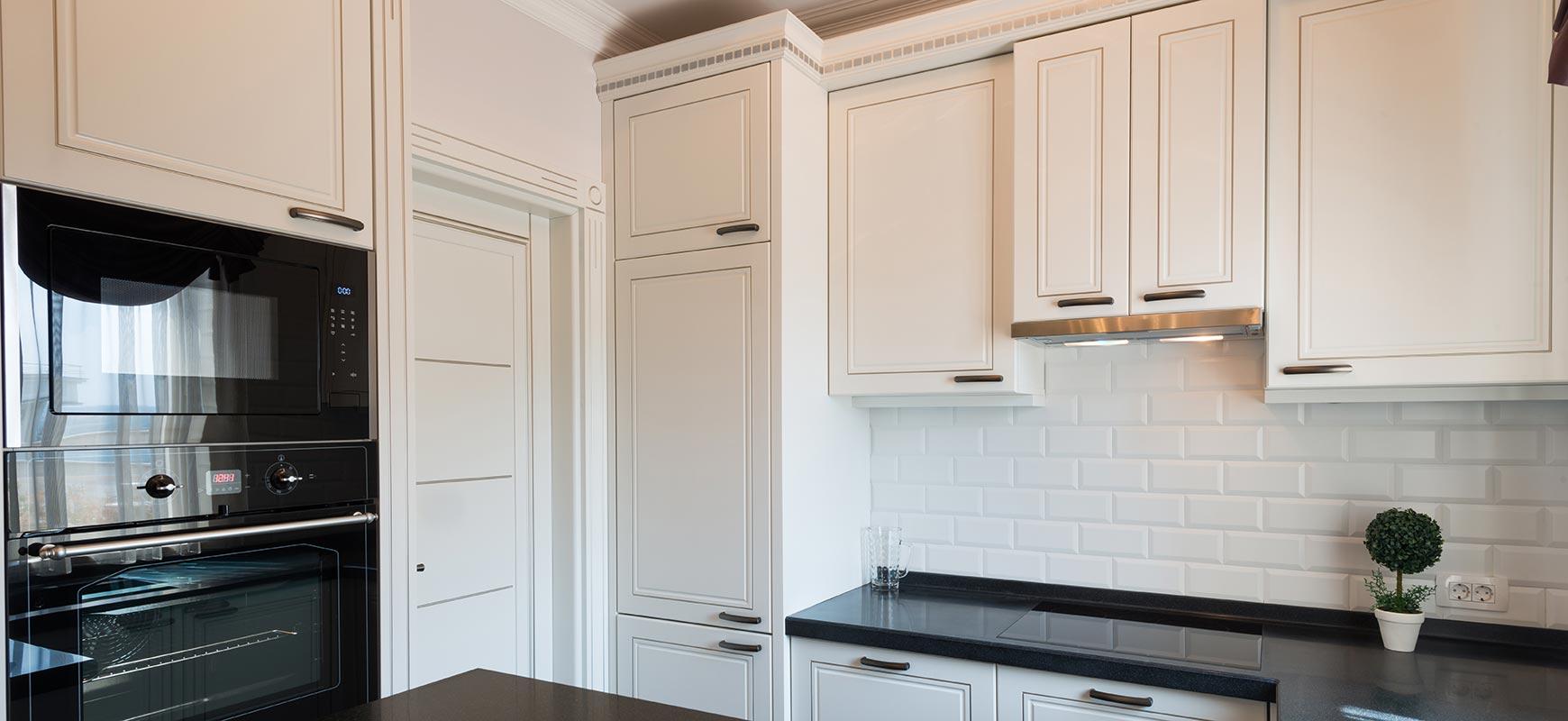 Naples, FL Kitchen Cabinet Painting